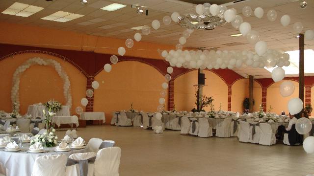 Elegante salon para fiestas graduaciones xv a os bodas en for Acropolis salon de fiestas