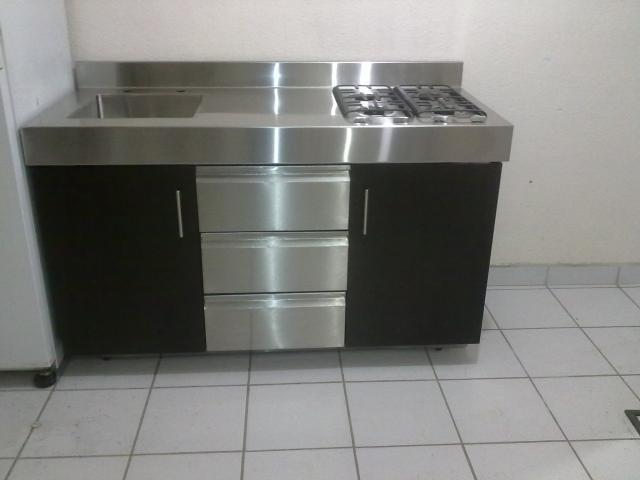Im genes de cocinas industriales y residenciales de acero for Fotos de cocinas industriales