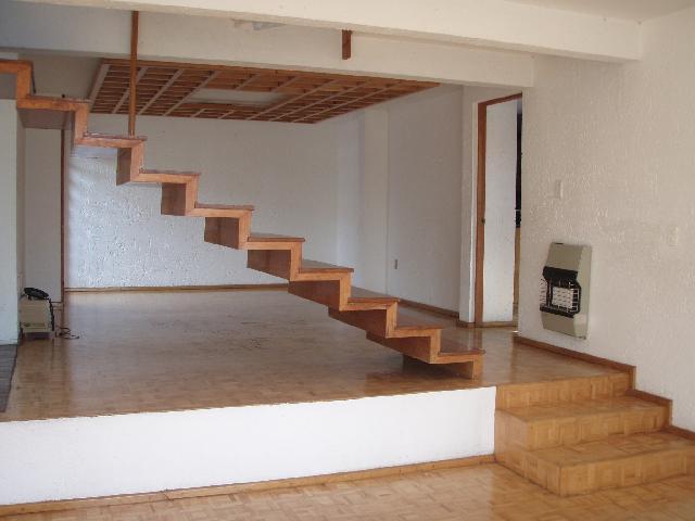 Im genes de renta casa paseos del bosque en naucalpan for Pisos y azulejos para sala y comedor