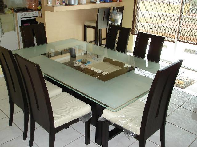Comedor chocolate para 6 personas en centro for Centros de mesa para comedor