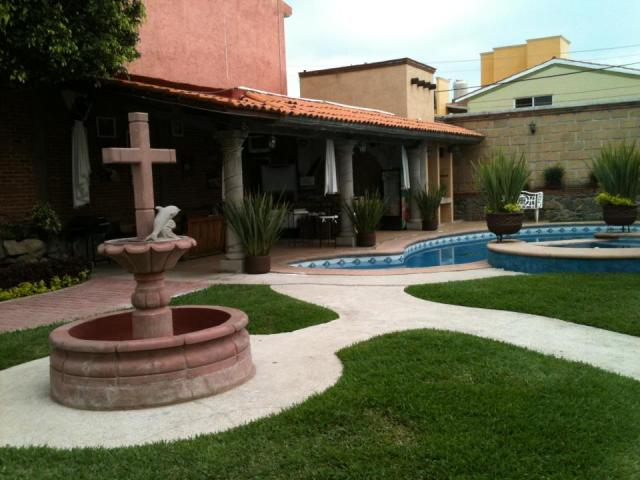 Im genes de jardin para eventos familiares en cuernavaca for Vers de jardin