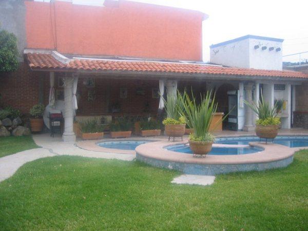 Im genes de jardin para eventos familiares en cuernavaca for Fotos de jacuzzi en jardines