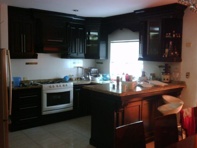 Se renta casa grande equipada residencial montecarlo en for Renta de casas en culiacan