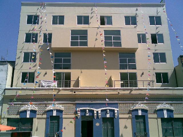 Juegos De Baño Interceramic:de estacionamiento y en la azotea hay un Roof Garden con asador, 2