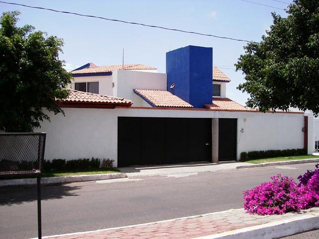Hermosa casa en venta en villas de irapuato en irapuato for Casas en renta en irapuato