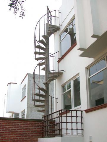 Im genes de escaleras caracol en queretaro for Tipos de escaleras de concreto