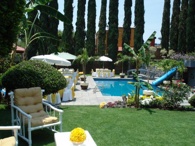 Hermoso jardin con alberca para eventos en atlixco for Jardin con alberca