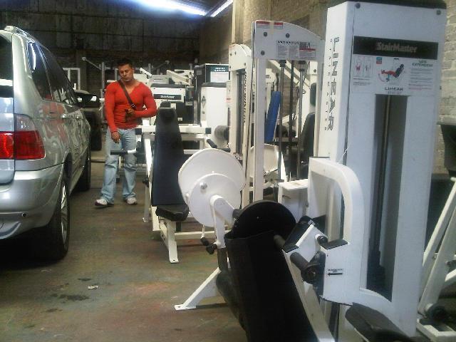 Remato aparatos elipticas y caminadoras para gimnasio en for Aparatos gimnasio