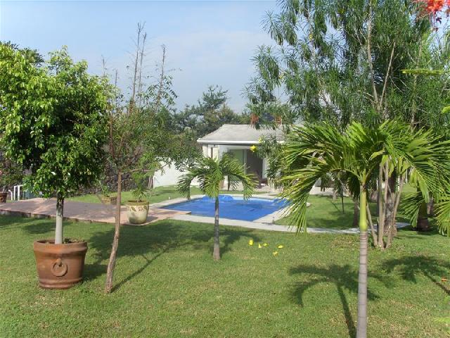 Jard n villa azul para eventos en cuernavaca Jardin villa serrano cuernavaca
