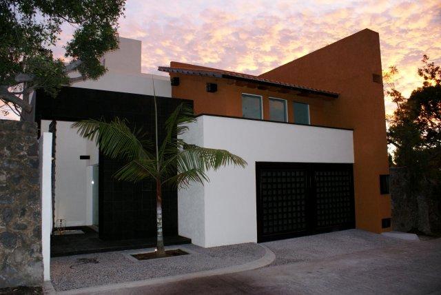 Im genes de estrene casa en vista hermosa en cuernavaca for Salas estilo mexicano contemporaneo