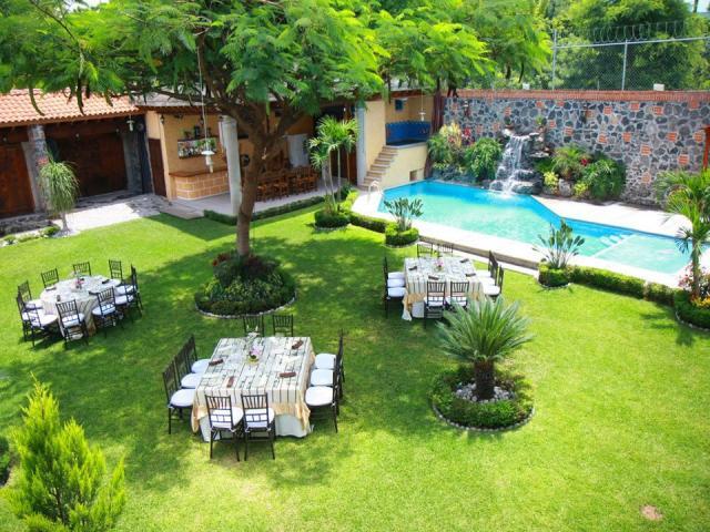Im genes de jardin tabachin fin de semana en xochitepec for Jardin con alberca