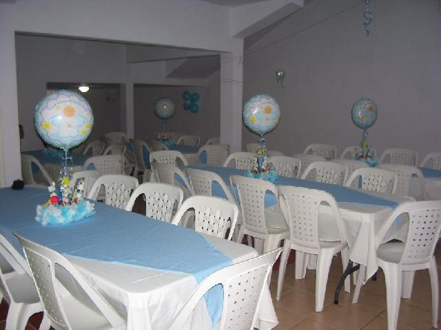Como decorar un salon de fiestas para baby shower imagui for Fotos para decorar salon