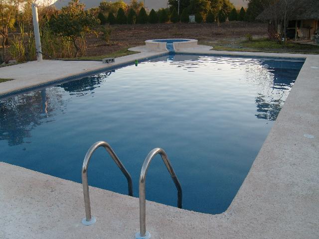 Albercas cascadas fuentes estanques jardines lagos for Construccion de fuentes y cascadas