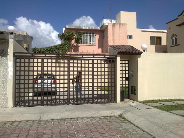 Rejas de casas modernas latest fachadas de casas modernas con rejas buscar con google with - Rejas de casas modernas ...