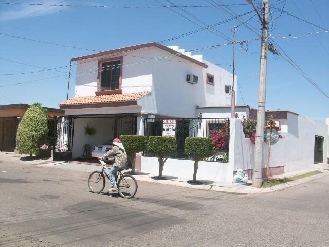 Casa cd obregon villas del nainari esquina 4 recamaras for Casas en renta cd obregon