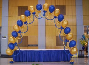 Decoraciones con globos en la magdalena contreras for Decoracion graduacion en jardin