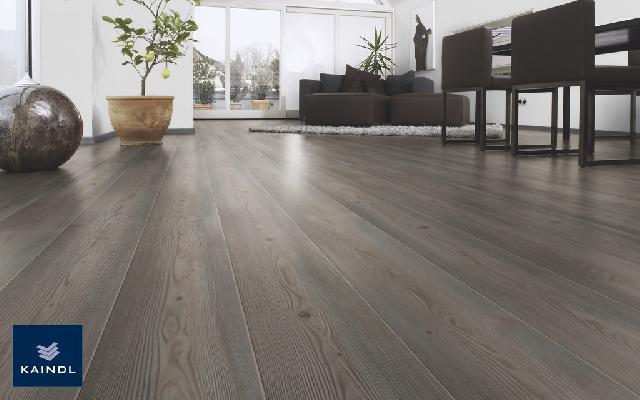 Im genes de piso laminado color gris azul blanco for Pisos de madera color gris