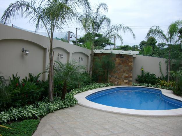 Palapas jardines cascadas en mexico ciudad de for Diseno de jardines interiores modernos