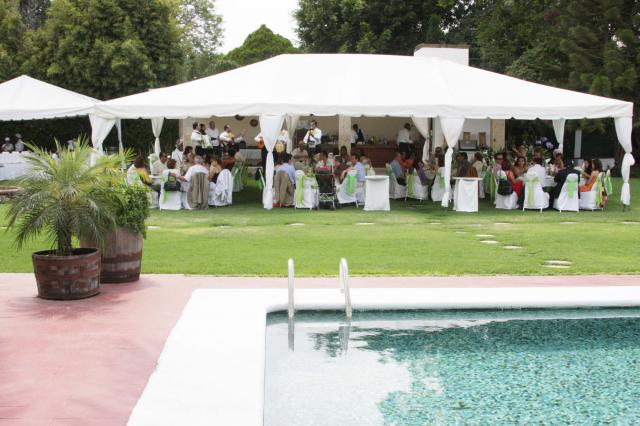 Albercada prepara tu fiesta en tlajomulco de zu iga for Terrazas para eventos