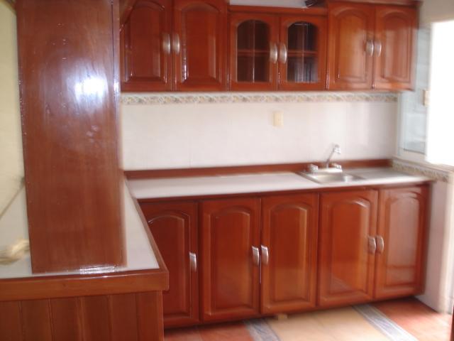 Gabinetes Para Baño Interceramic:patio de lavado, piso de interceramic, protecciones en toda la casa