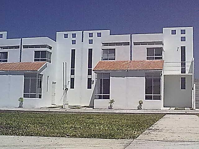 Im genes de casas a 15 minutos de oaxtepec residencial for Villas residencial cuautla