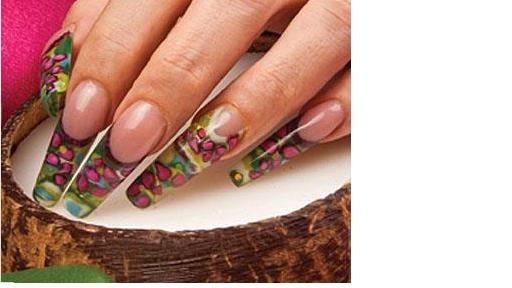 Cursos de uñas de acrilico y aplicacion de uñas de acrilico en
