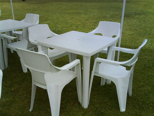 Im genes de sillas mesas y rockolas en mexicali for Mesas y sillas de jardin baratas