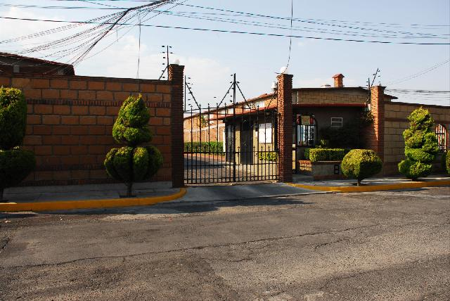 Hermosa casa colonia independecia villas fontana en toluca for Villas fontana toluca