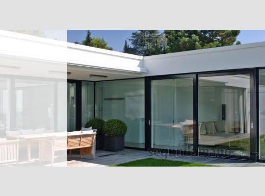 Im genes de cancel de ba o y ventanas de aluminio en for Barandales de aluminio blanco