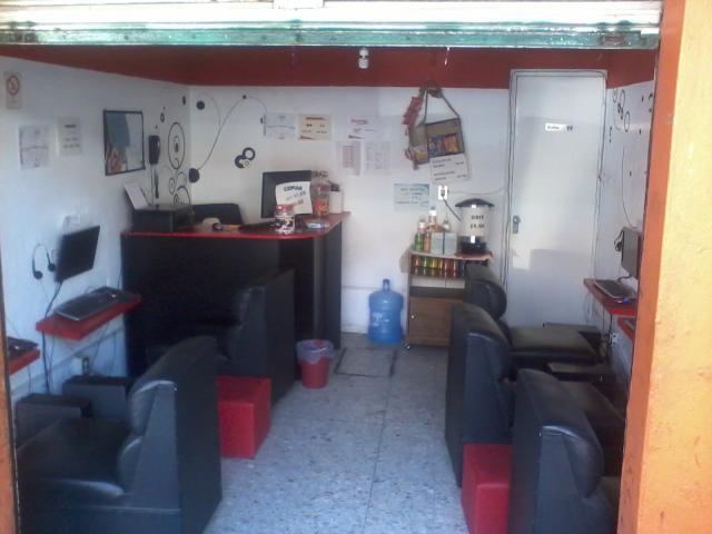 vendo traspaso cibercafe completo 6 pc y muebles en Iztapalapa