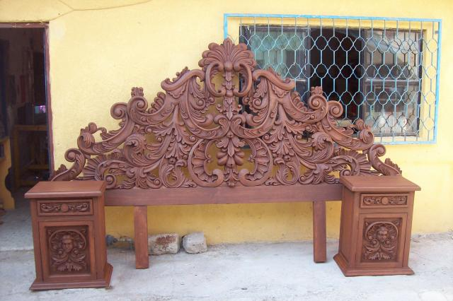 Muebles tallados somos fabricantes de muebles finos en for Muebles tallados en madera