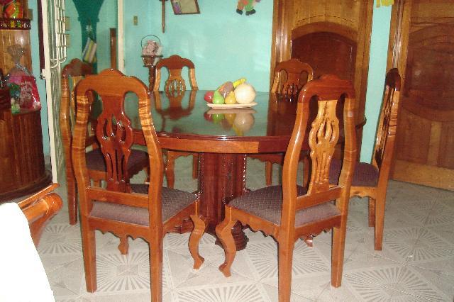 Vendo comedores y librero en matias romero for Ver comedores de madera