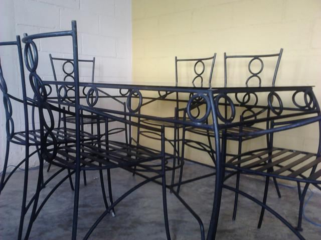 Im genes de comedor de 6 sillas de hierro forjado en merida for Modelos de sillas de hierro