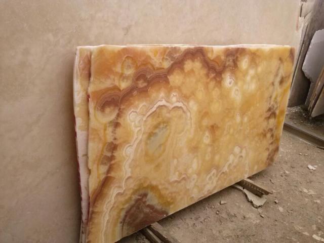 Im genes de m rmol onix granito cantera recinto laja en for Como brillar pisos de marmol
