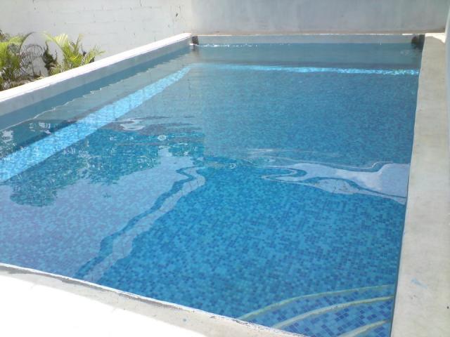 Rento local con piscina para fiestas y eventos sociales en for Piscina de abastos