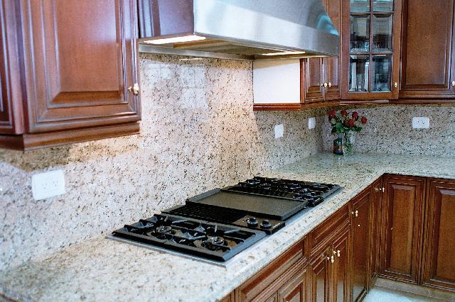Fabricación de cocinas y lavabos en granito y marmol en Monterrey