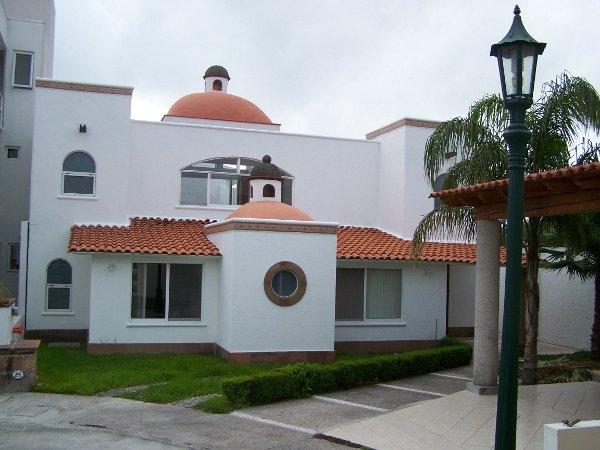 Im genes de hermosa casa en fracc privado en queretaro for Casas estilo mexicano contemporaneo fotos